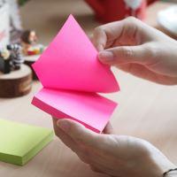 Samolepící bloček Stick n neonově růžový, 76 x 51 mm 4