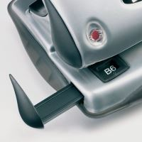 Děrovač Rexel P240 stříbrná/černá