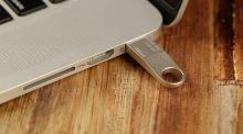 Kingston 16GB DataTraveler SE9, USB flash disk 3.0, stříbrná 5